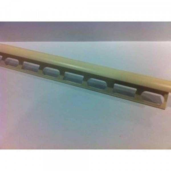 Profilo in PVC co-estruso colore bianco crema Ral 9001 lunghezza 270cm Protrim Profilpas