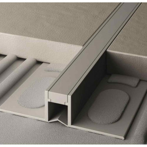 Giunto di dilatazione in PVC co-estruso lunghezza 270 cm Projoint Dil NL Profilpas